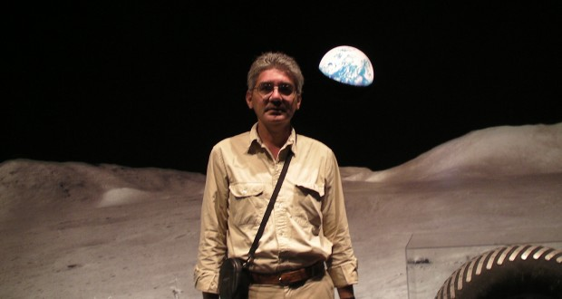 Washington and Brussels are from the Moon… though of course they do not come from the same side! – by Franck Biancheri (2003)