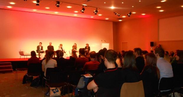 Images de l'événement AAFB/Newropeans/AEGEE-Paris (Paris, le 8 mars)