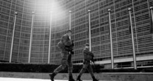 Elections américaines – Brexit – TTIP – Sanctions russes : Quel avenir pour la Commission européenne… (GEAB Sept. 2016)